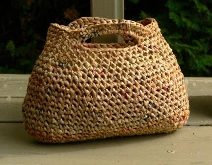Schoenstrickende Tasche Aus Recycelten Plastiktüten Gehäkelt